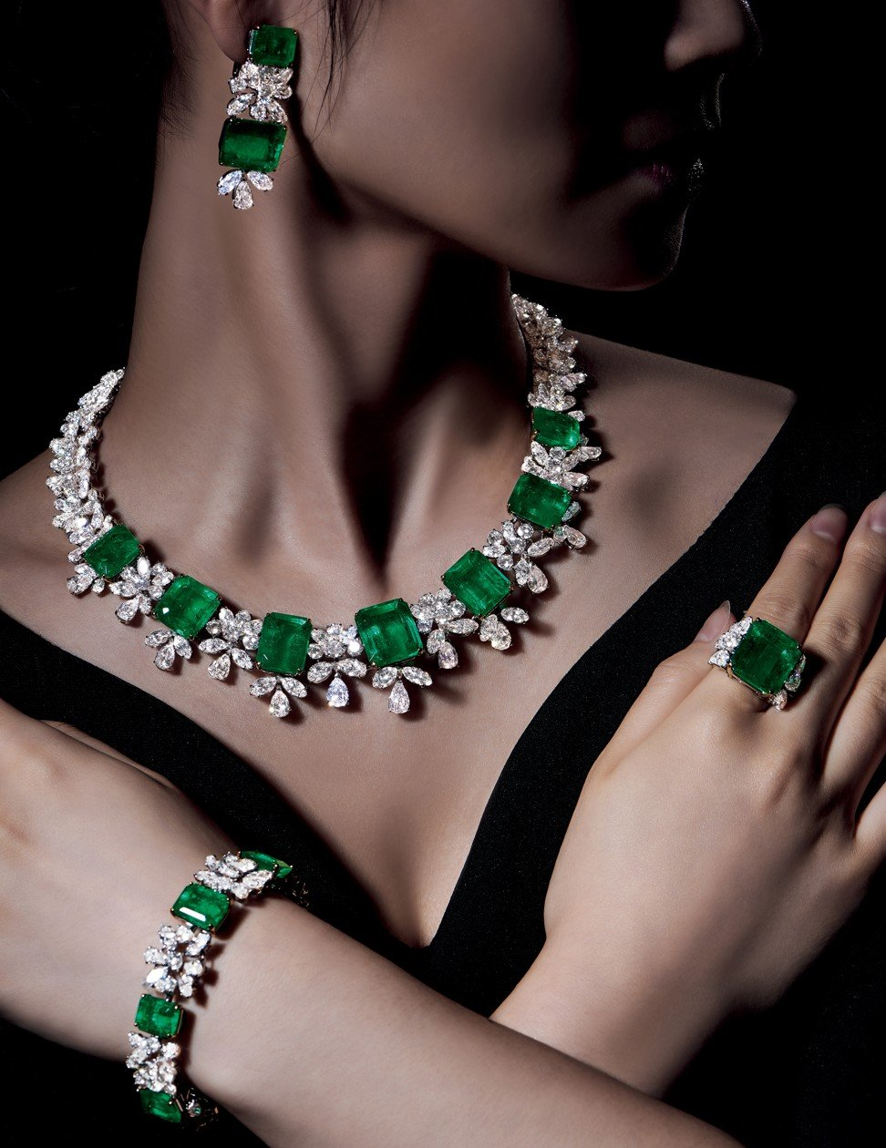 Record-breaking jewels have gone under the hammer in Hong Kong this year