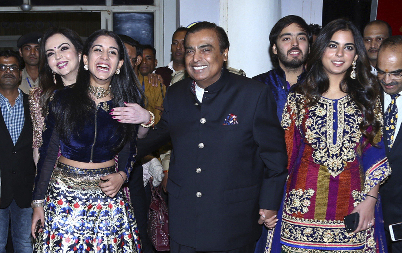 Mukesh Ambani and family: the highlights of India's billionaire ...
