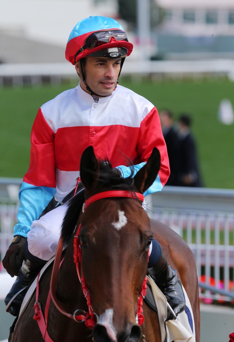 Silvestre de Sousa rides a winner at Sha Tin.