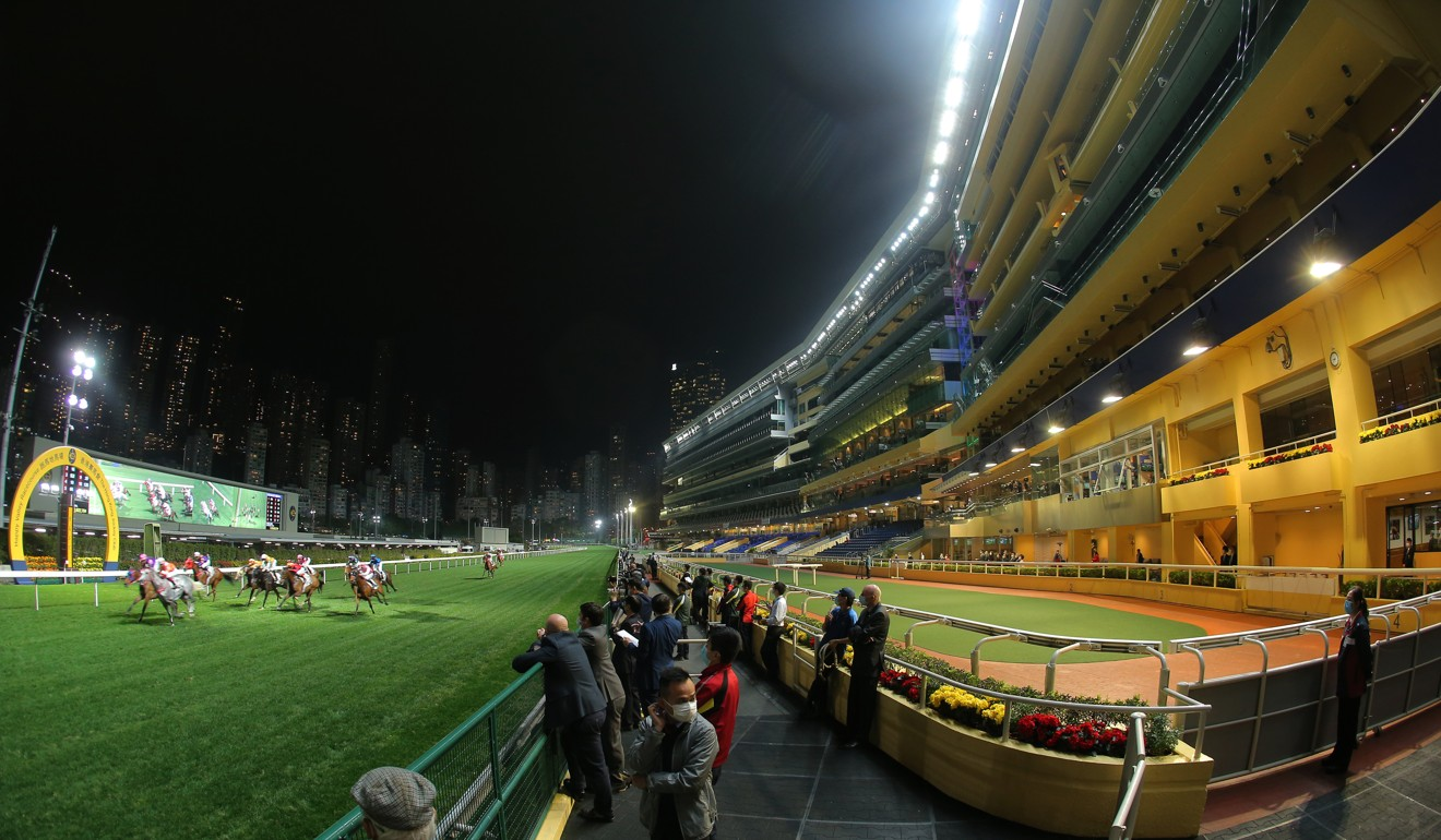 Bulb Elite wins the second race in front of the empty stands at Happy Valley.