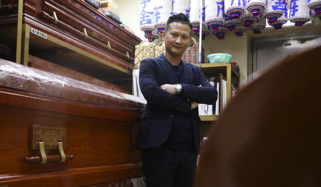 Coronavirus outbreak leaves Hong Kong funeral homes facing coffin shortage