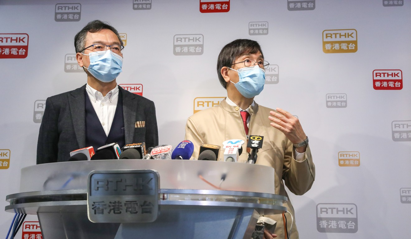 Executive council member Dr Lam Ching-choi (left) and microbiologist Yuen Kwok-yung speak to the press about the city's new ban on travellers from South Korea. Photo: K.Y. Cheng