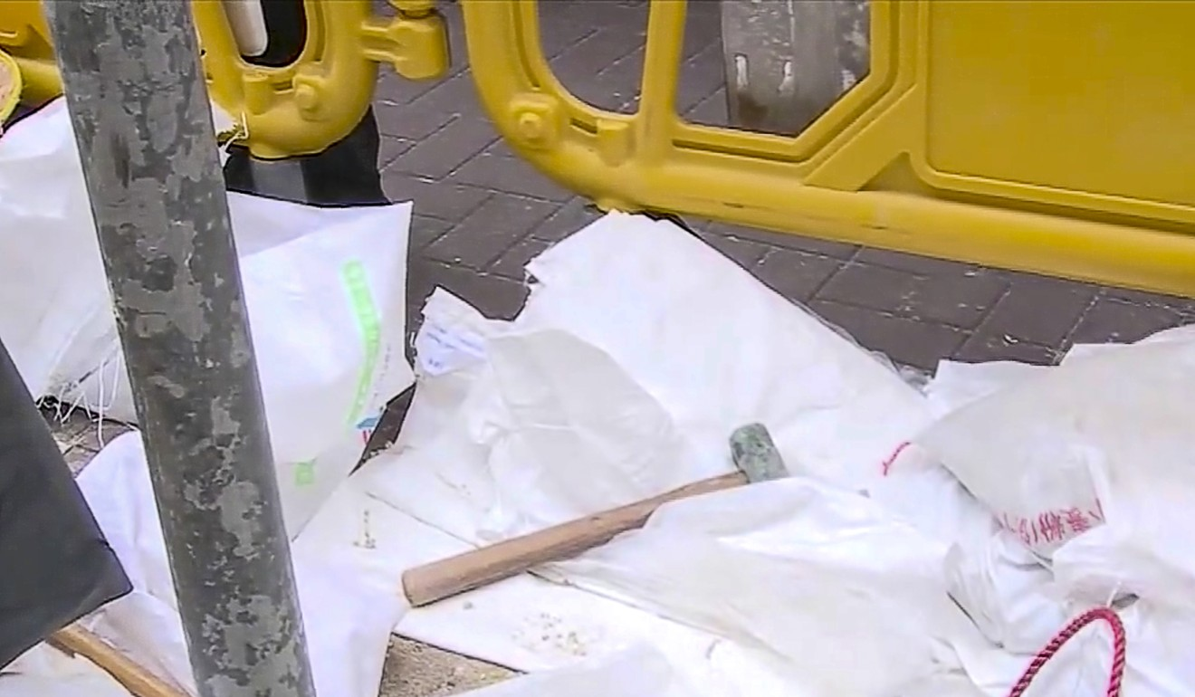 One of the hammers used to carry out the robbery. Photo: TVB News