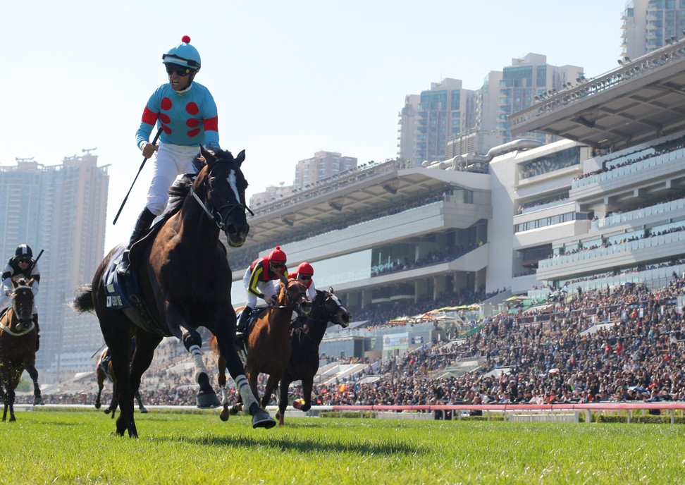 Joao Moreira wins the Hong Kong Vase aboard Glory Vase.