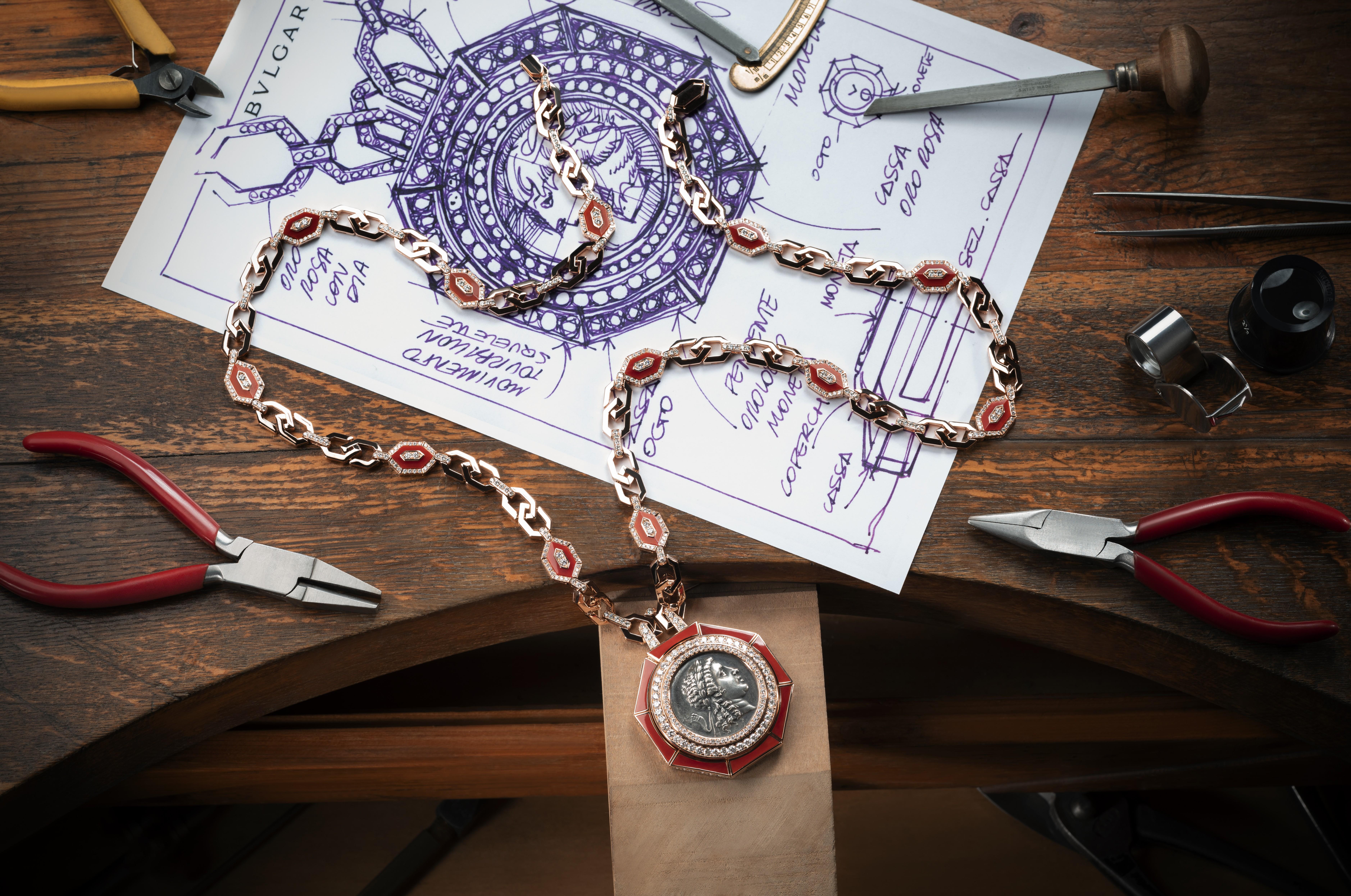 "Tennis Racquets Pendant Necklace Sport Theme Fashion Jewelry 21/"" Chain"
