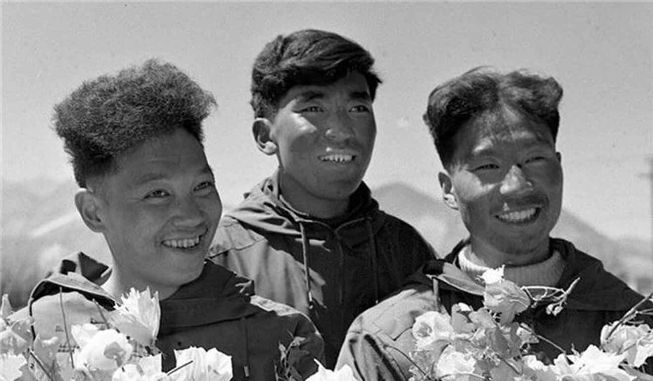 (From left) Qu Yinhua, Gongbu and Wang Fuzhou.