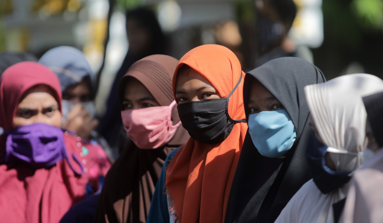 Terror attacks feared as Chinese workers return to Indonesia amid coronavirus resentment