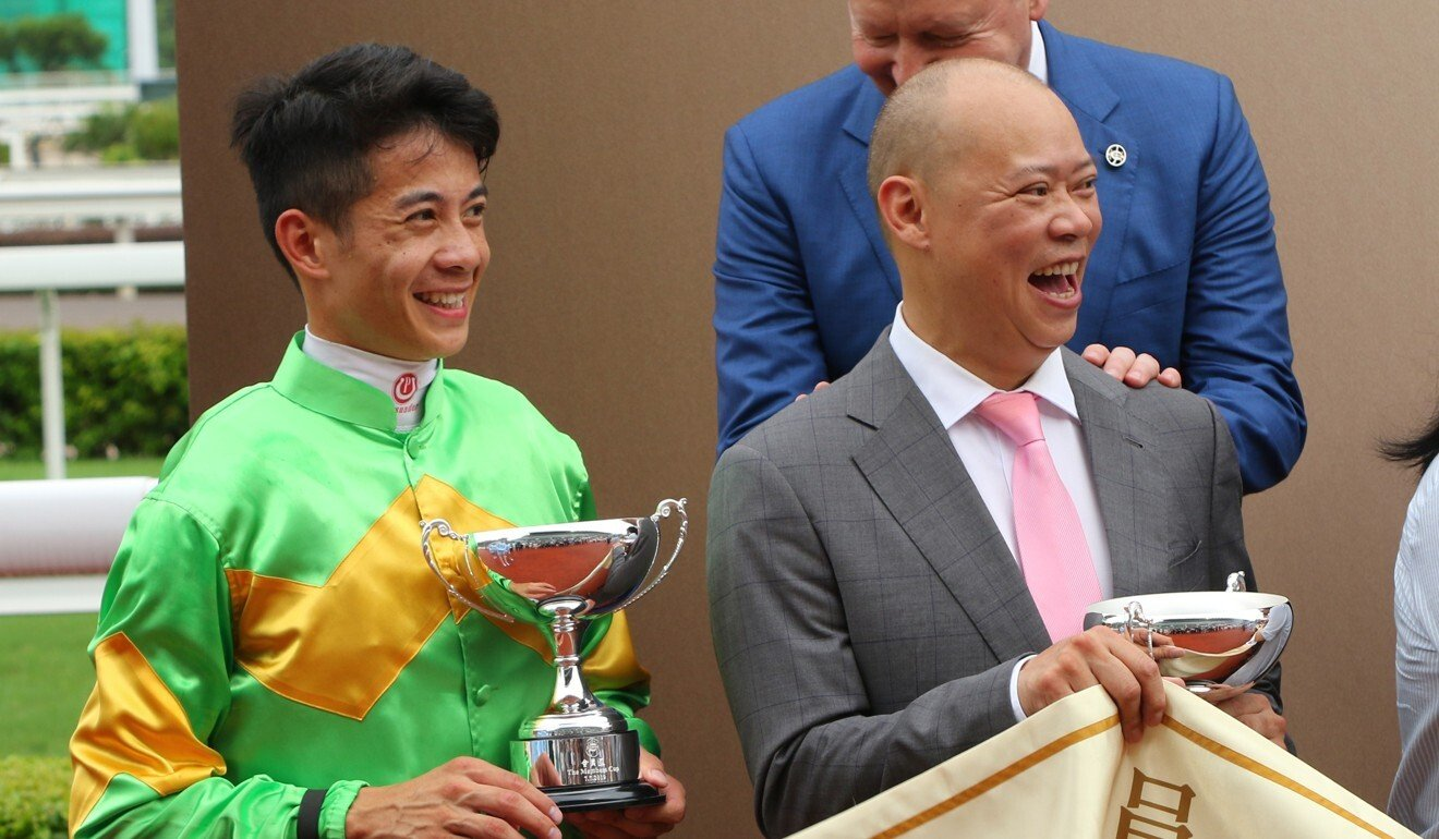 Chris So and Derek Leung after the win of Classic Unicorn last season.