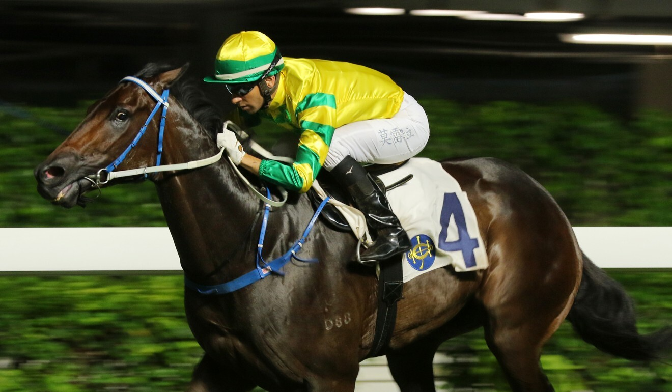 Joao Moreira guides Sky Darci to victory.
