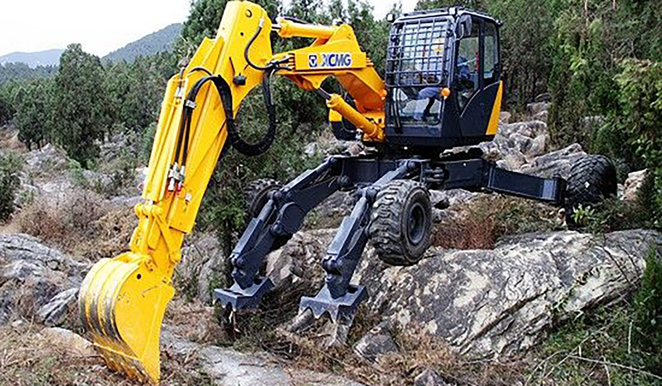 China's military is using spider excavators to build roads near Indian border
