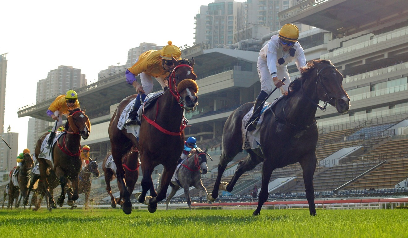 Golden Sixty (right) wins the Hong Kong Derby. Photo: Kenneth Chan