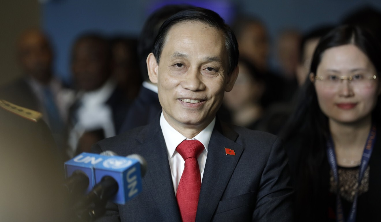 Vietnamese deputy minister of foreign affairs Le Hoai Trung speaks to the press at UN headquarters in New York in 2019. Photo: Xinhua