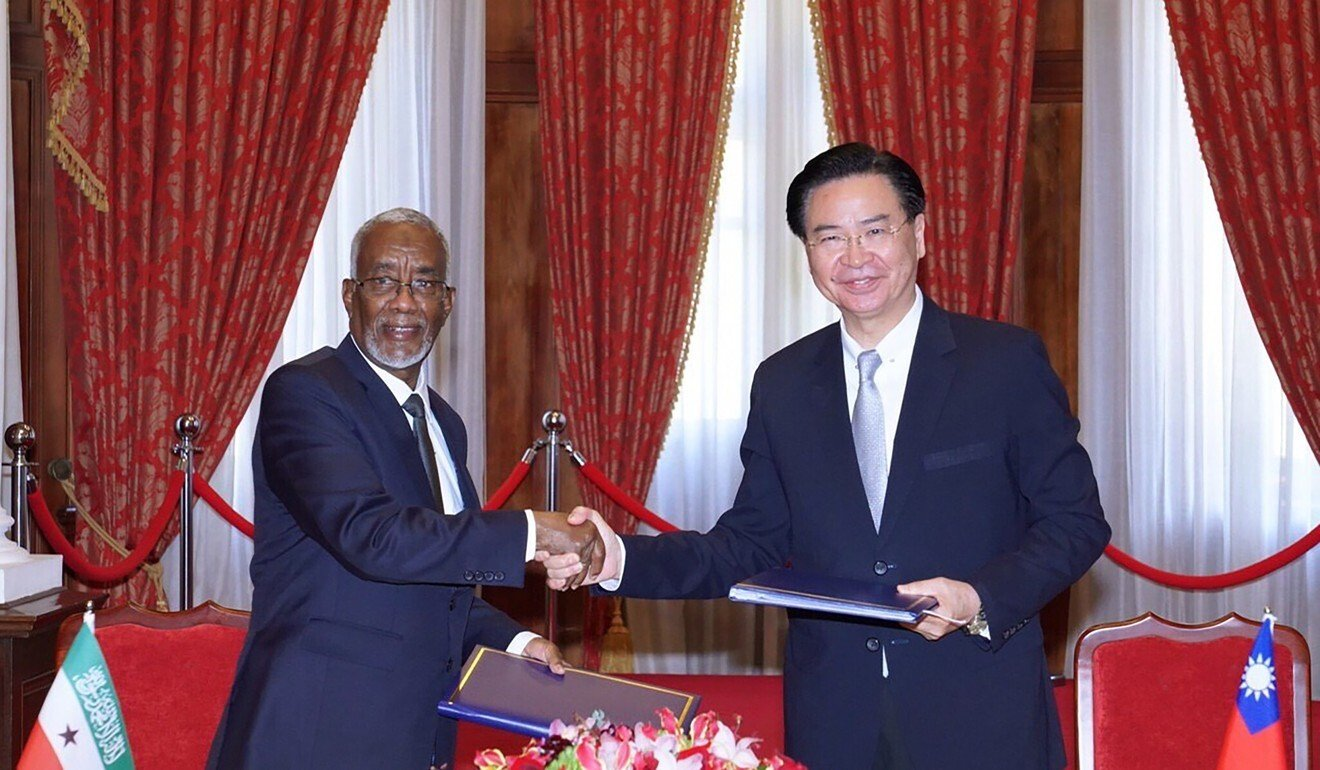 Taiwan's Foreign Minister Joseph Wu and his counterpart from Somaliland, Yasin Hagi Mohamoud signed a deal to set up representative offices earlier this year. Photo: AP