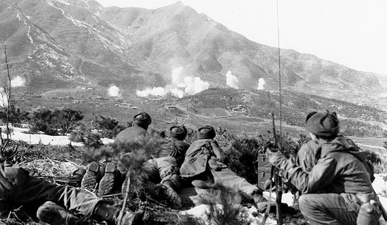 US soldiers bombard Communist-held areas during the Korean war. Photo: Reuters