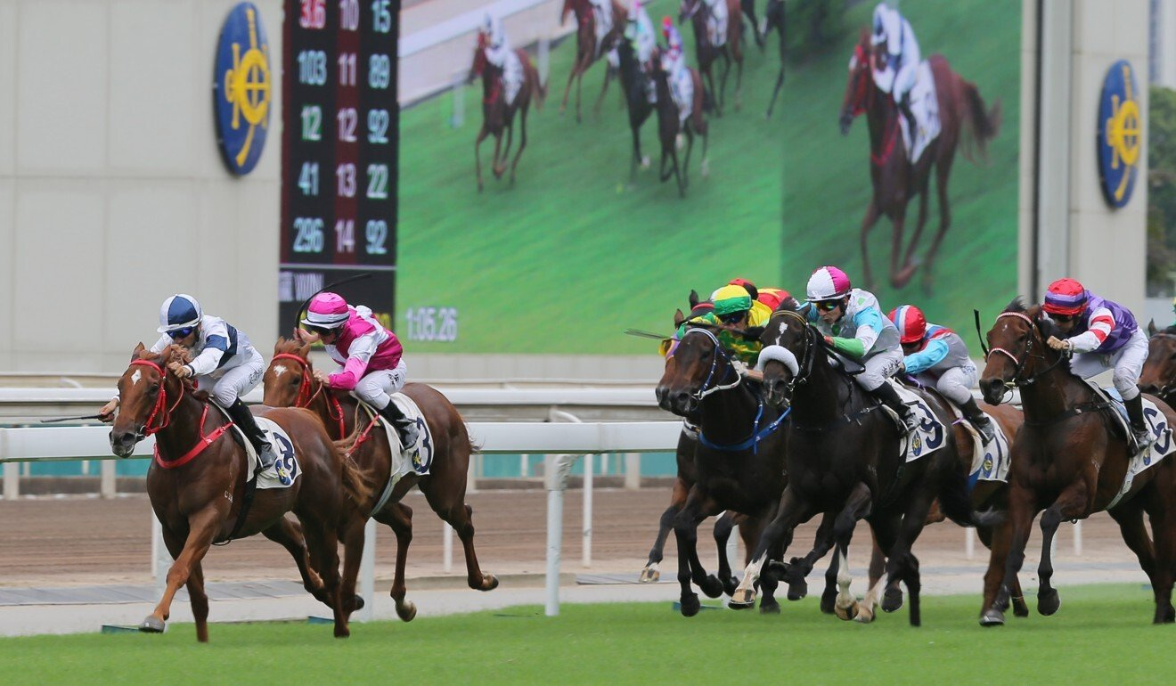 Joao Moreira and Scores Of Fun (left) are chasing further success at Sha Tin on Sunday.