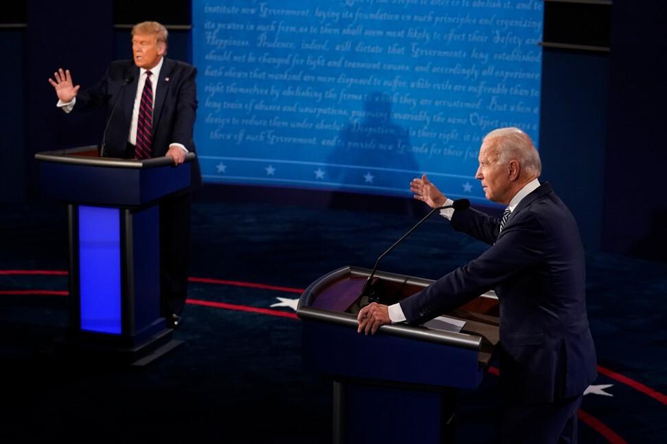 El presidente de Estados Unidos, Donald Trump (izquierda) y Joe Biden, candidato presidencial demócrata de 2020, hablan durante el primer debate presidencial de Estados Unidos.  Foto: AP / Bloomberg