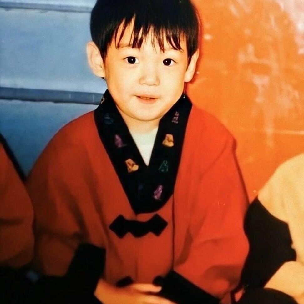 BTS Jungkook em sua infância. Foto: @ ggukie_wifey / Instagram