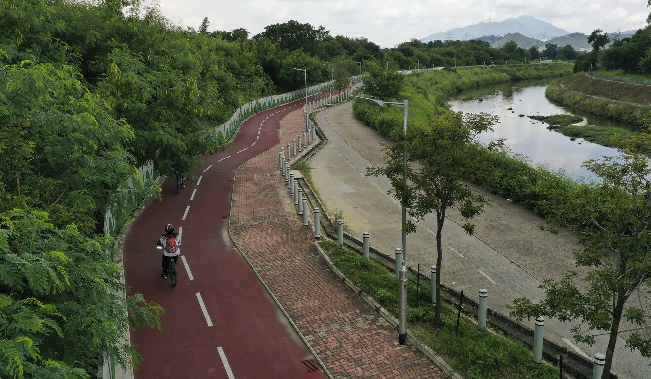 Cyclists enjoying the recently opened cycle track between Yuen Long with Sheung Shui. Photo: Winson Wong