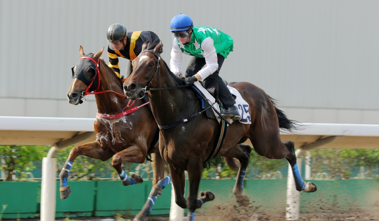 Pakistan Star trials strongly on the all-weather surface at Sha Tin.