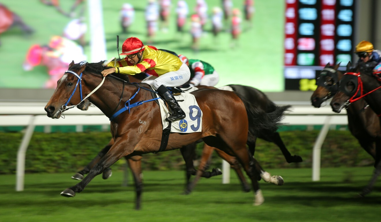 Joao Moreira boots Enrich Delight to victory.