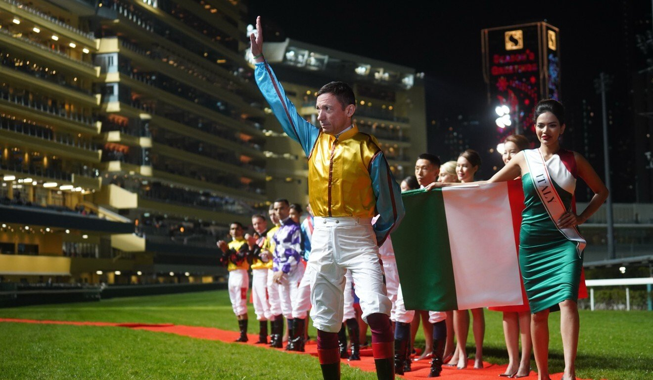 Frankie Dettori is introduced to the crowd before the 2019 IJC.