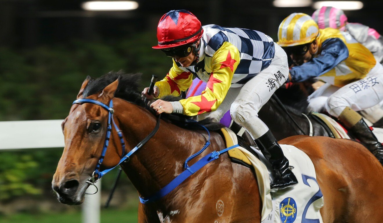 Zac Purton now rides Amazing Star in the Hong Kong Sprint.
