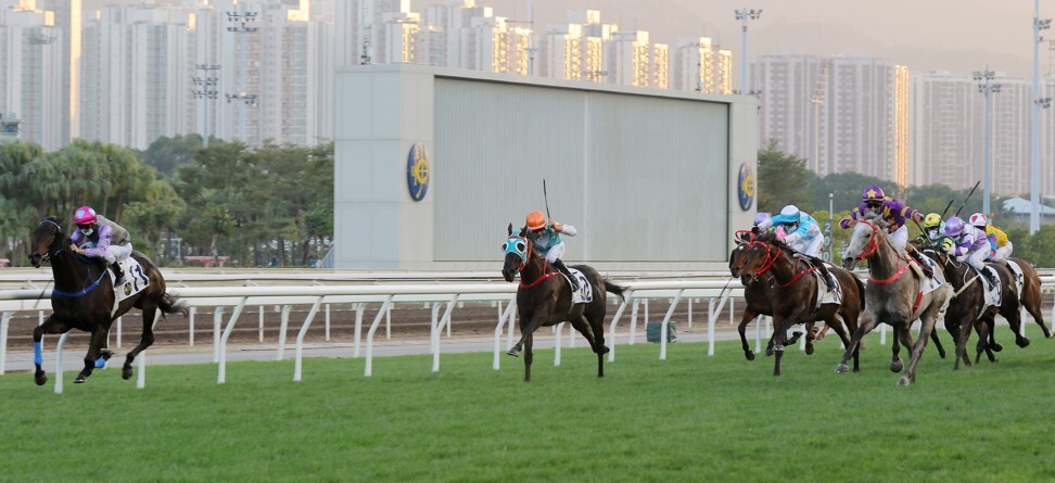 My Sugar (left) holds off Silver Express (extreme right) to win at Sha Tin.
