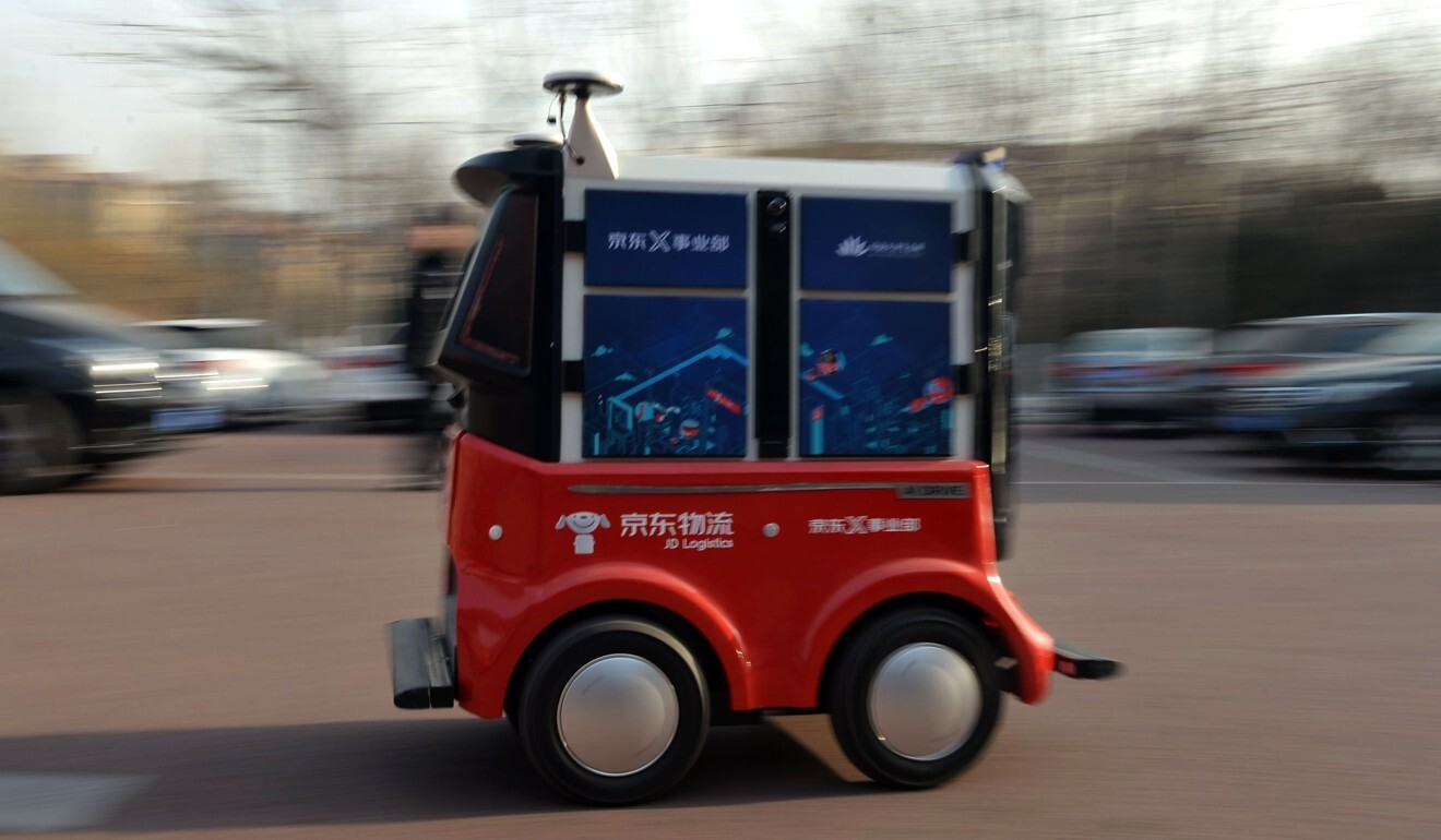 A driverless delivery vehicle belonging to Chinese e-commerce company JD.com during a test operation at the Sino-Singapore Tianjin Eco-City in Tianjin, China, on January 18, 2018. Photo: AFP