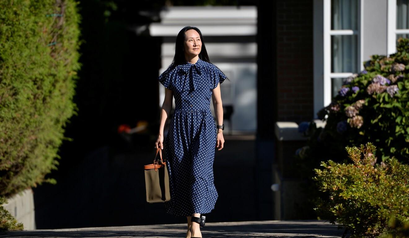 Meng Wanzhou sale de su casa para una audiencia en Vancouver el miércoles.  Foto: Reuters
