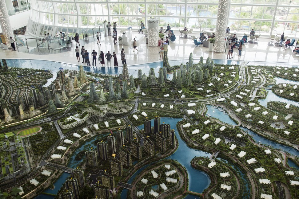 A model of the Forest City development at Country Garden Holdings' showroom in Iskandar Malaysia, on November 2, 2016. Photo: Bloomberg
