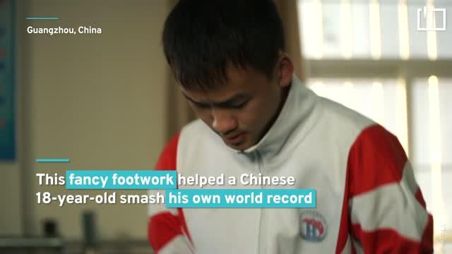 Teenager breaks jump rope world record