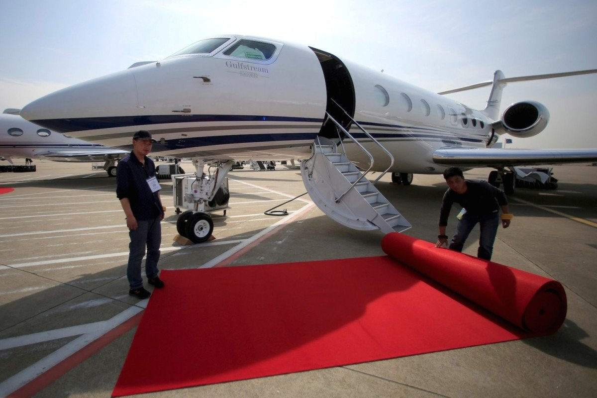 Which private jets do tech billionaires Jeff Bezos, Bill Gates and Elon Musk own?