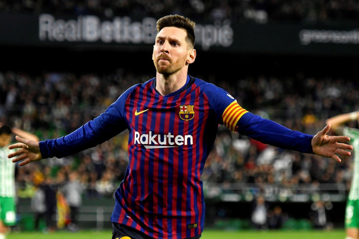 9544f74fac3 Barcelona s Lionel Messi scored a hat-trick and was widely praised by rival  fans.