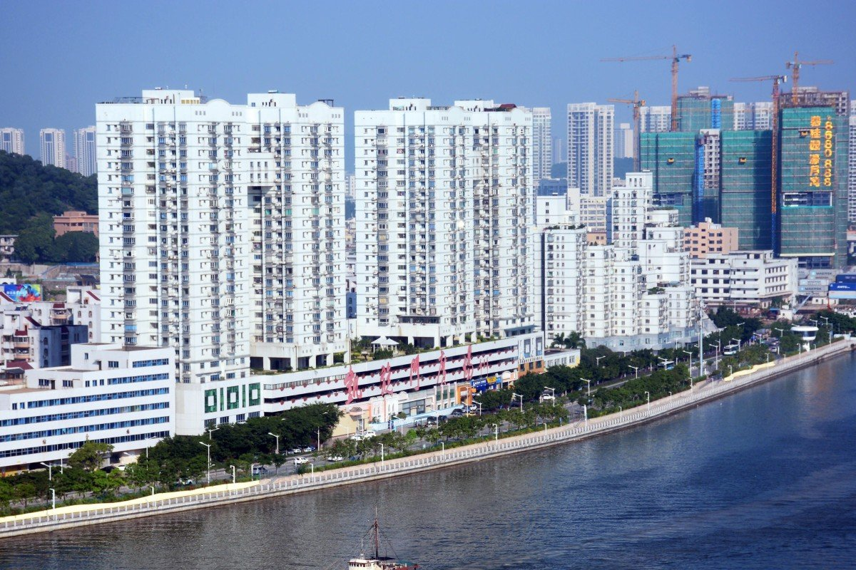 Long commute, cost of property and health care – just some of the concerns keeping Hongkongers from living in Zhuhai
