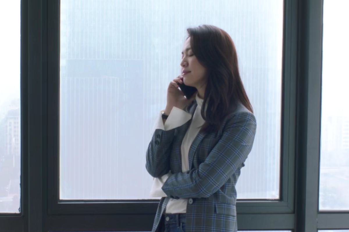 2e075c380 Actress Yao Chen in a suit in the Chinese TV drama All is Well. Women