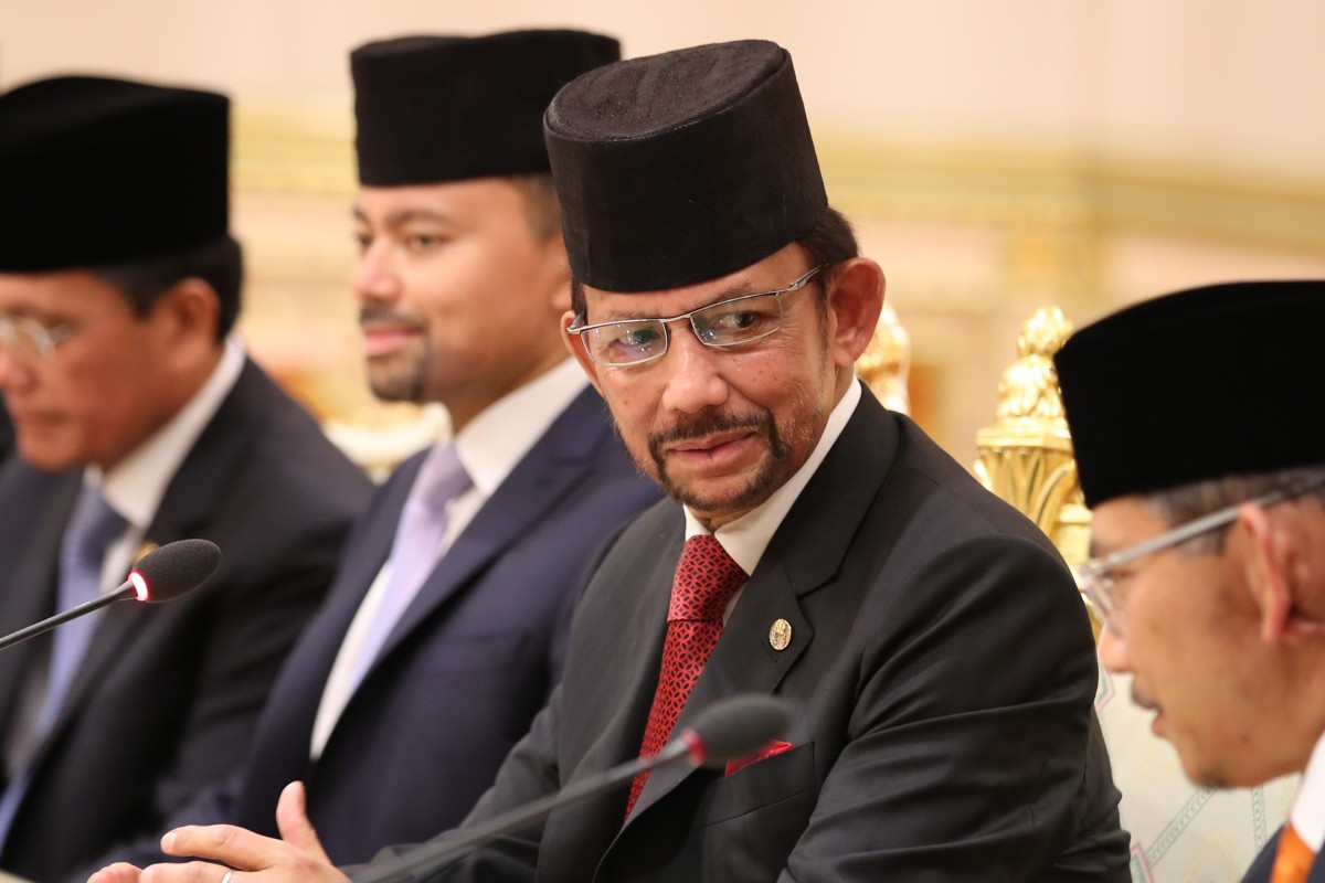 Brunei to impose death by stoning for gay sex and adultery ...