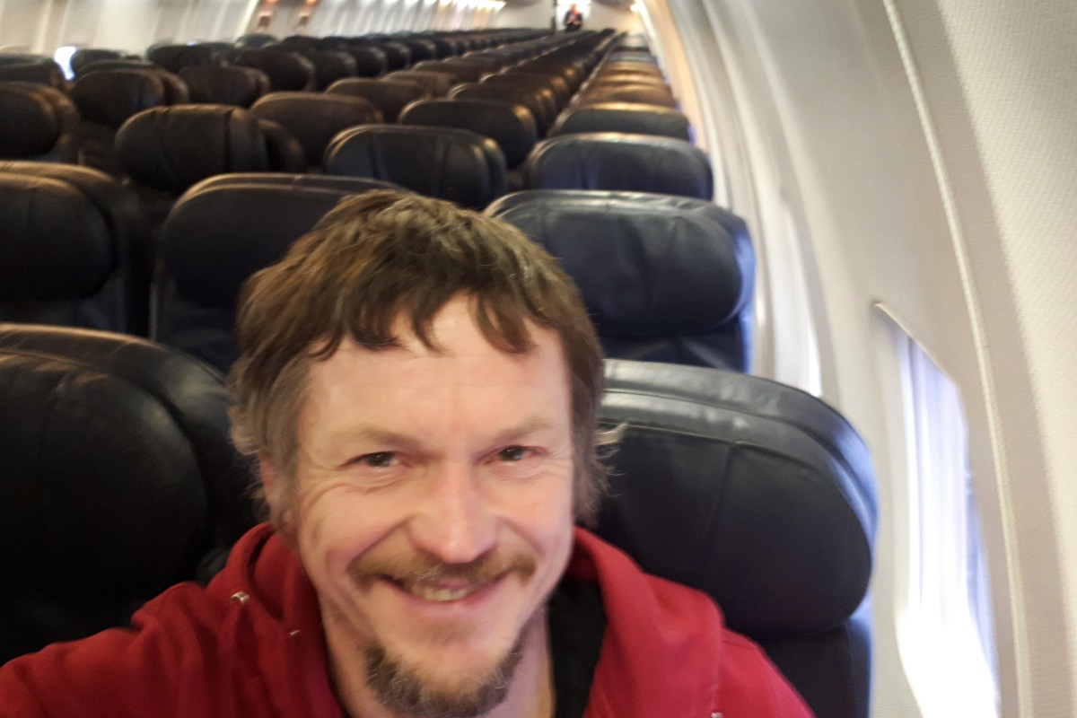 7 crew, 1 passenger: Lithuanian man flies alone on Boeing 737 to Italy