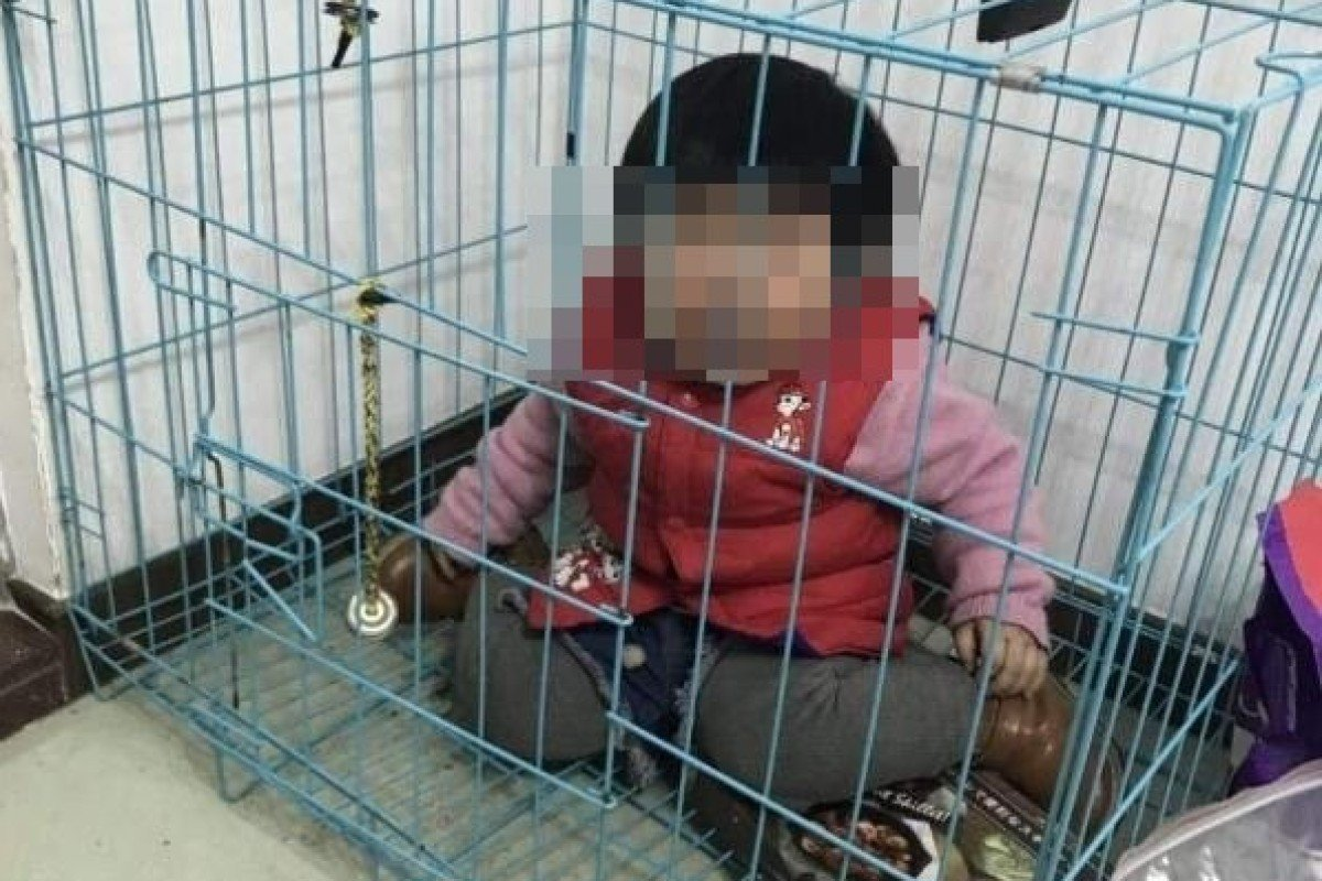 Chinese Police Investigate Parents After Toddler Seen Crying