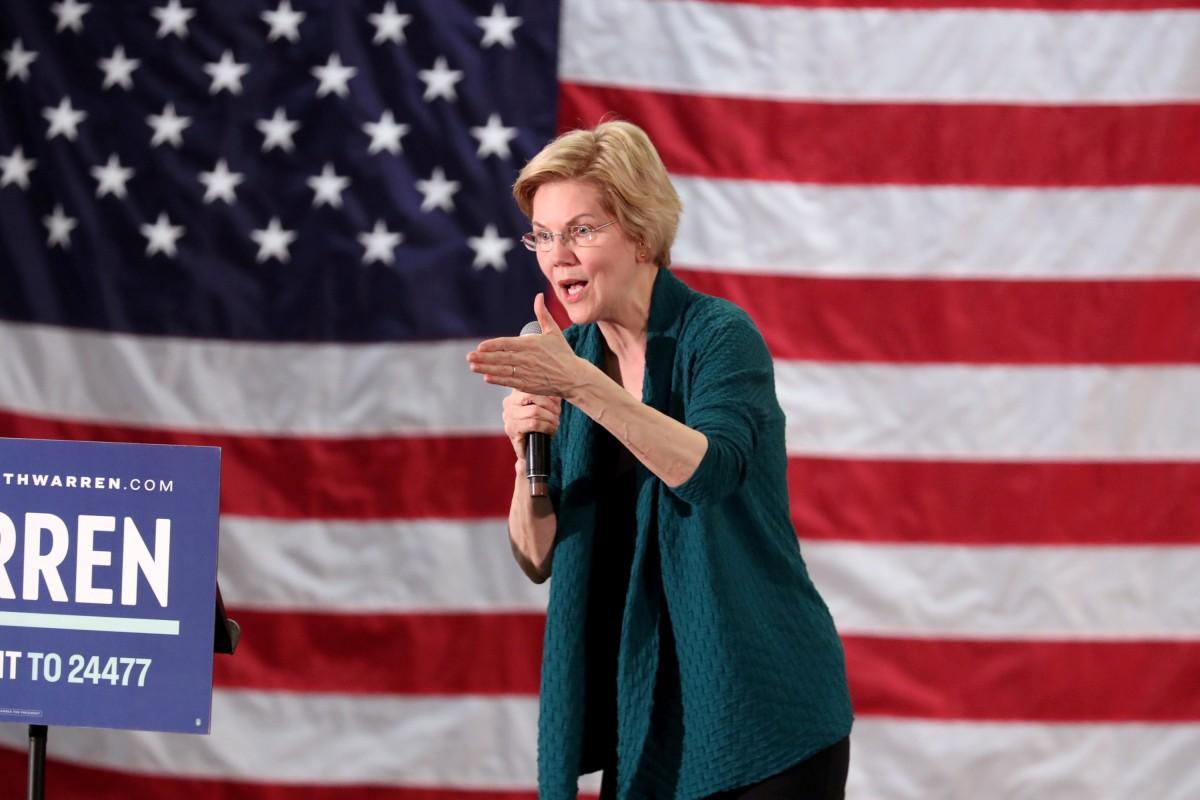 US 2020 presidential hopeful Elizabeth Warren calls on Congress to impeach Donald Trump