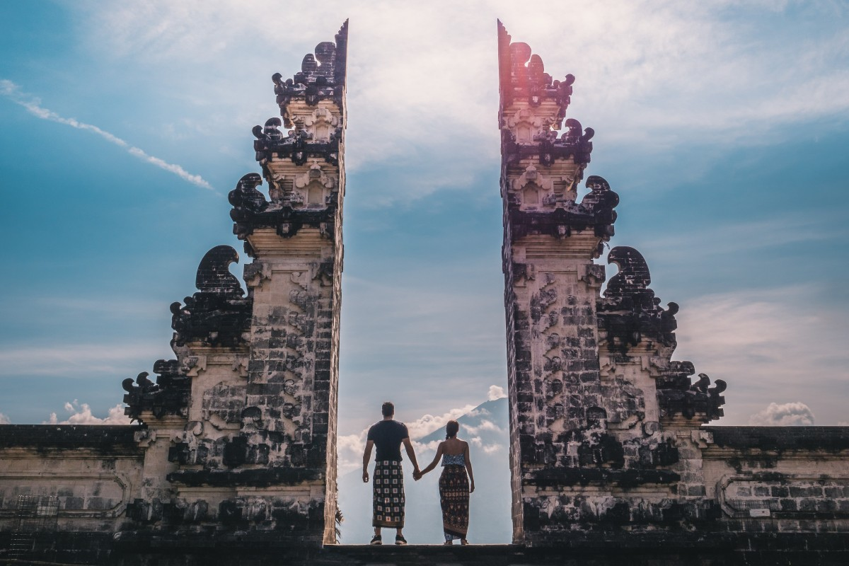 Forget the Chinese and Australians, Instagram tourists are Bali's worst visitors