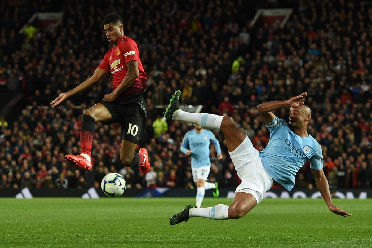 135452083 Manchester United s Marcus Rashford and Manchester City s Vincent Kompany  are coming on tour to Asia.