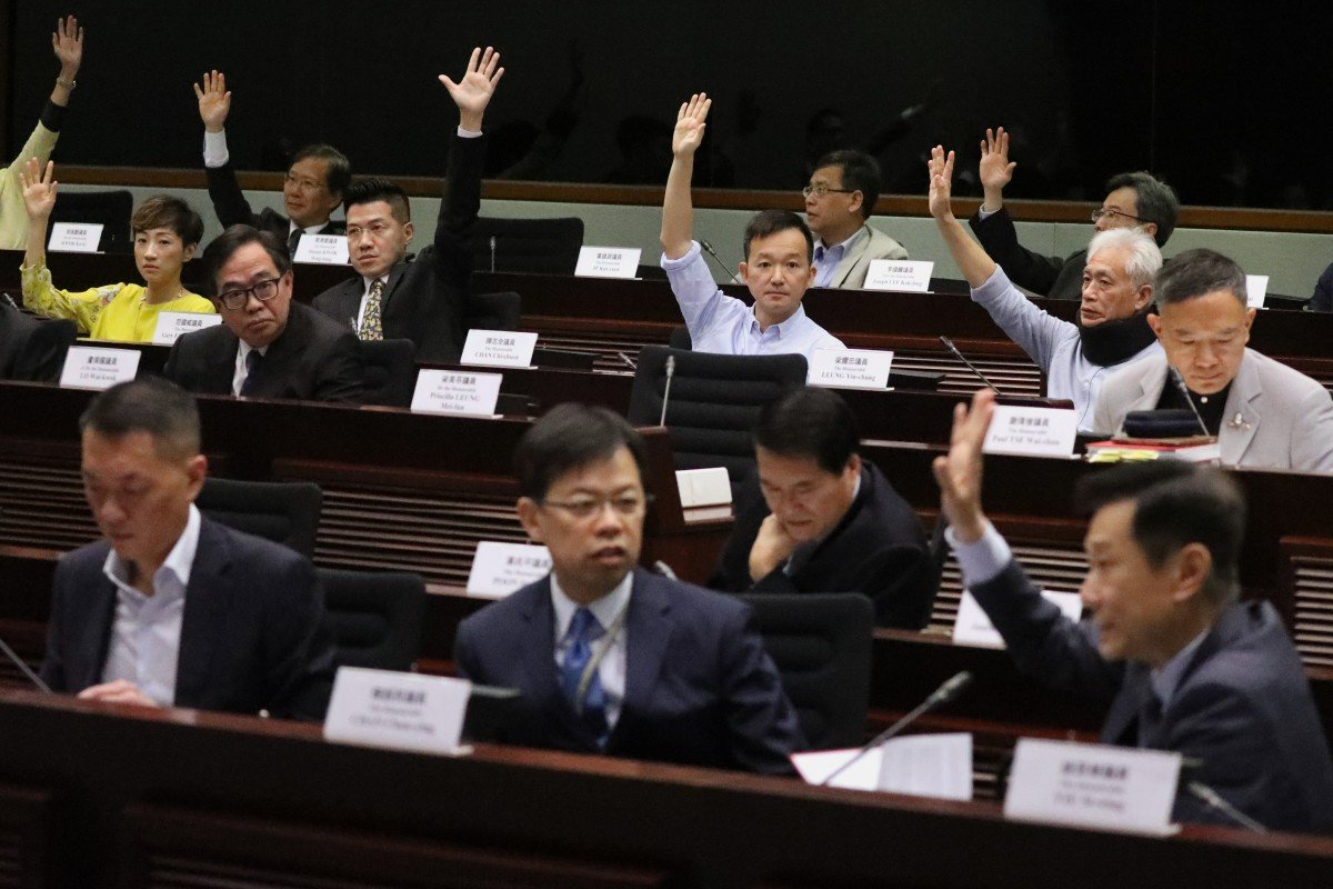 Hong Kong lawmakers at the first meeting of the bills committee on amending the fugitive offenders' law, at the Legislative Council on April 17. Photo: Nora Tam