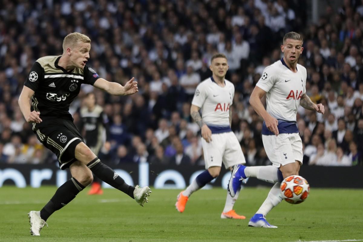 Ajaxs donny van de beek scores ajaxs opening goal during the champions league semi final