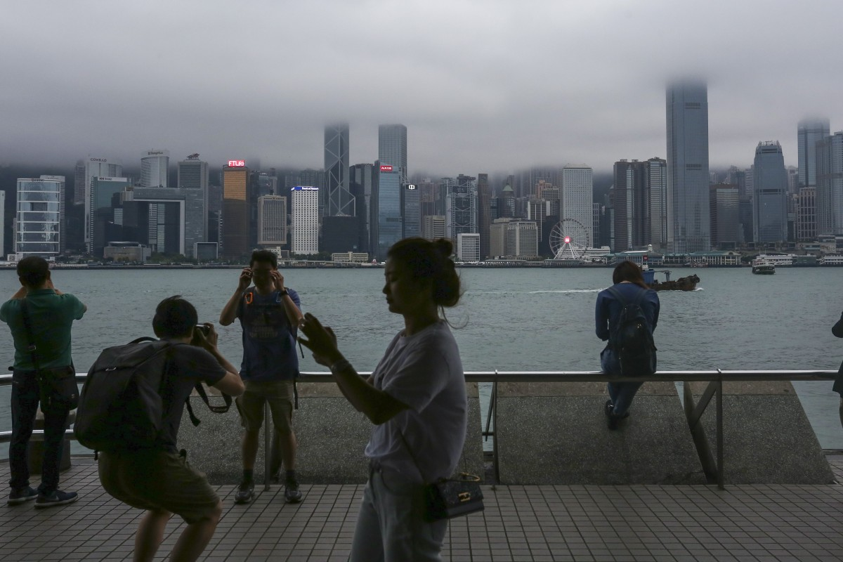 Cloudy skies and wet weather set to dampen hopes of Hong Kong stargazers looking for Eta Aquarids meteor...