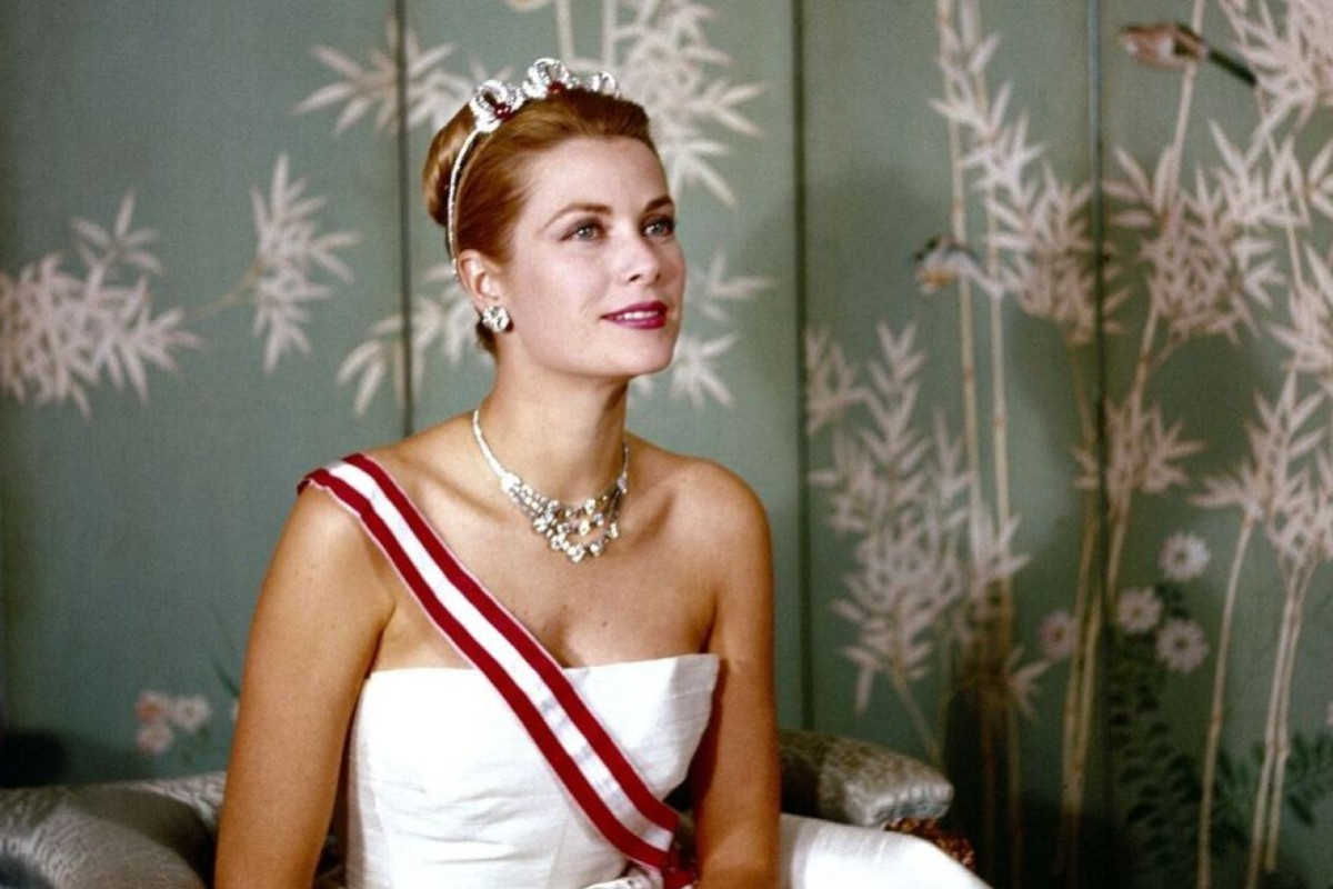 ae4bcfc9298 A royal portrait of Princess Grace, part of the Grace Kelly exhibition at  the Galaxy
