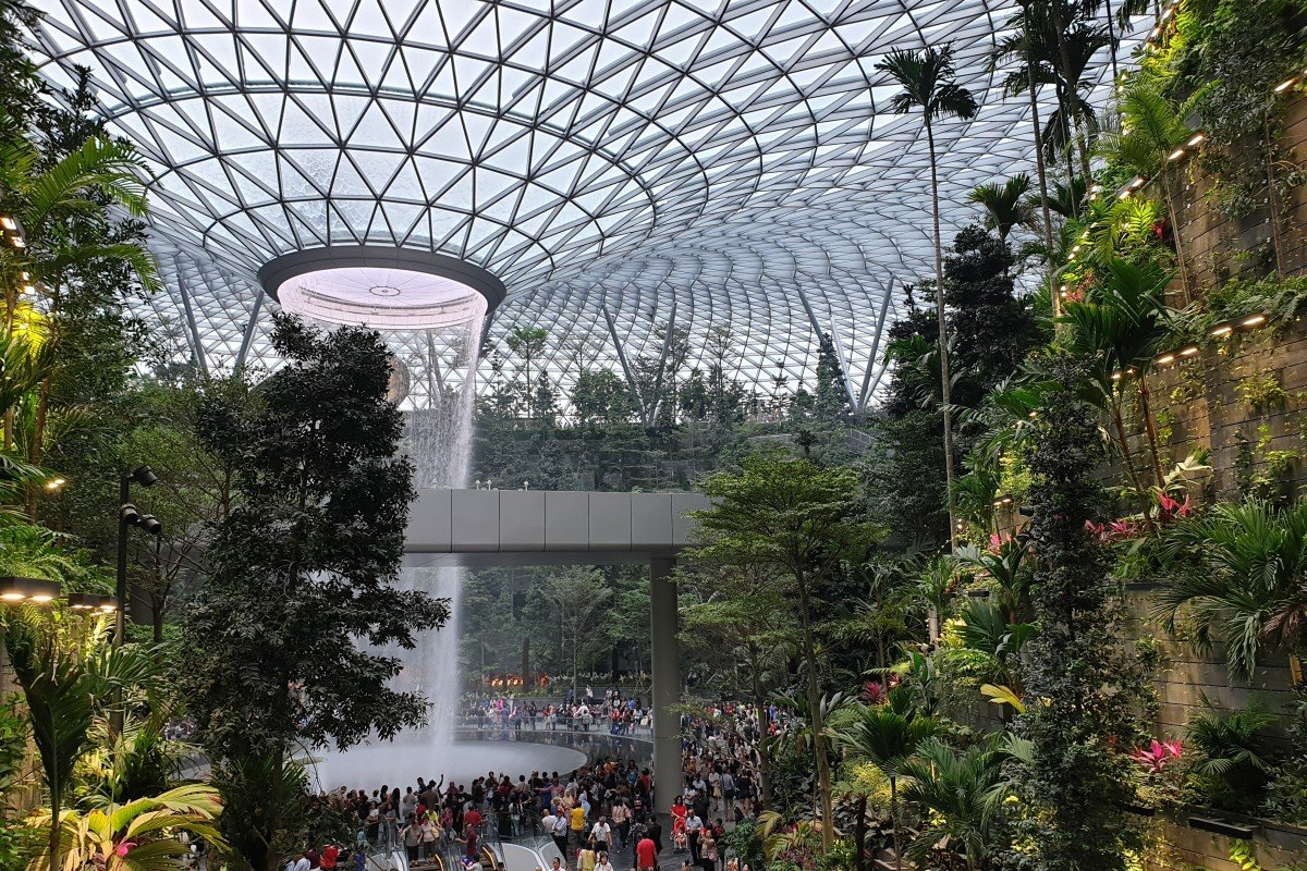 8 great attractions at the newly opened Jewel Changi Airport in