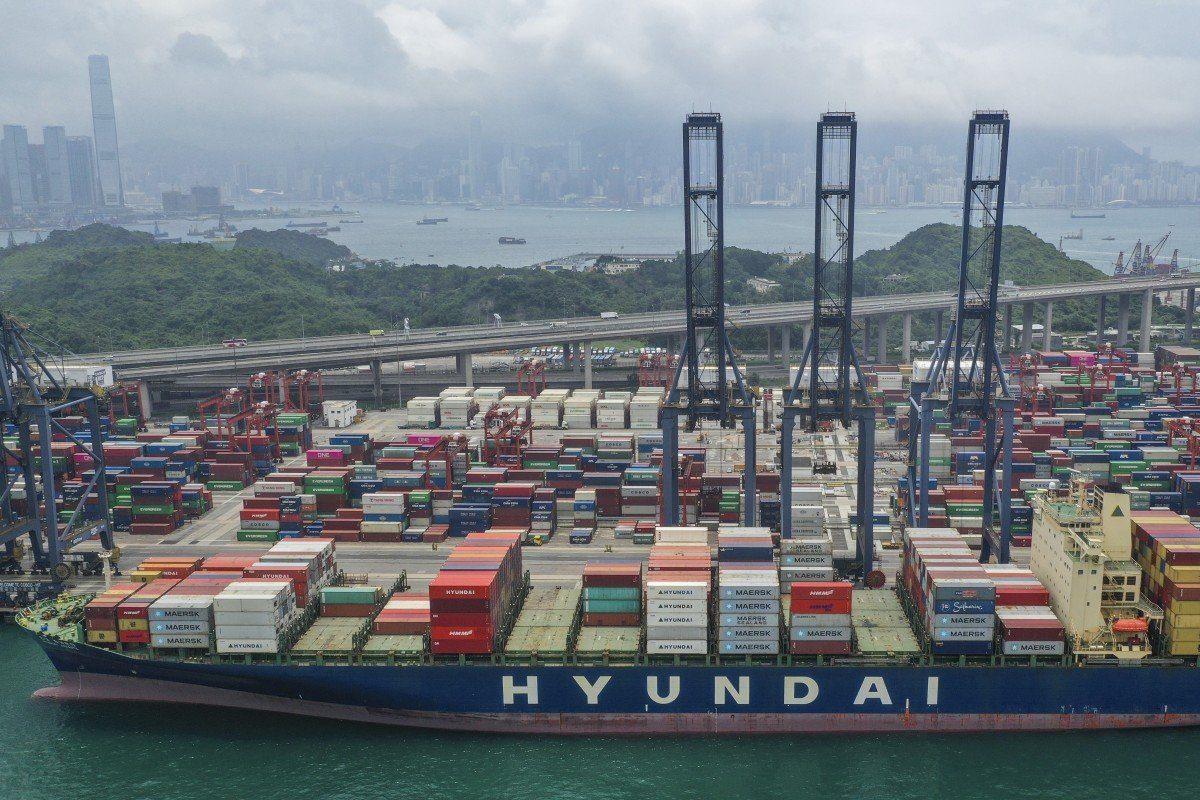 US-China trade war and Brexit casting shadow over Hong Kong economy, warns government as revised data shows...