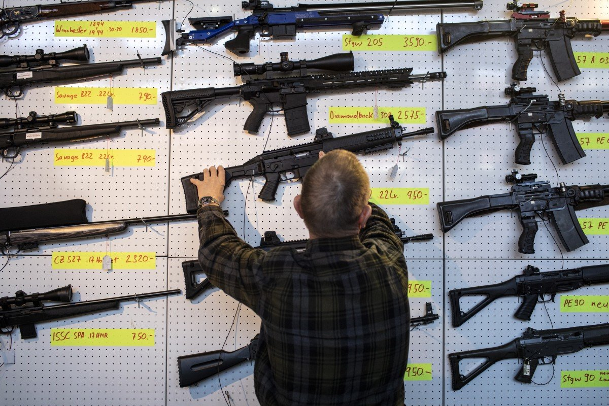Swiss voters approve tighter gun laws, falling in line with