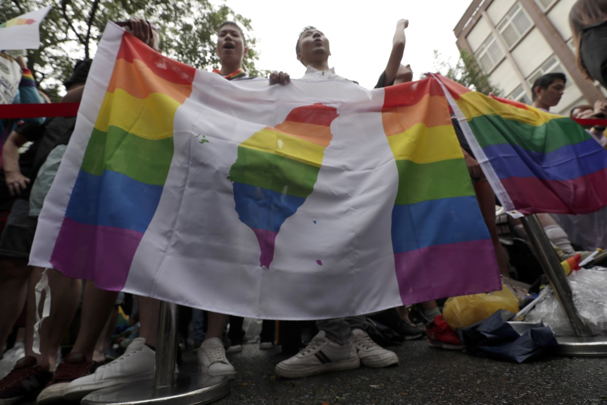 Gay marriage: as Taipei shines, its brotherly love with Beijing fades