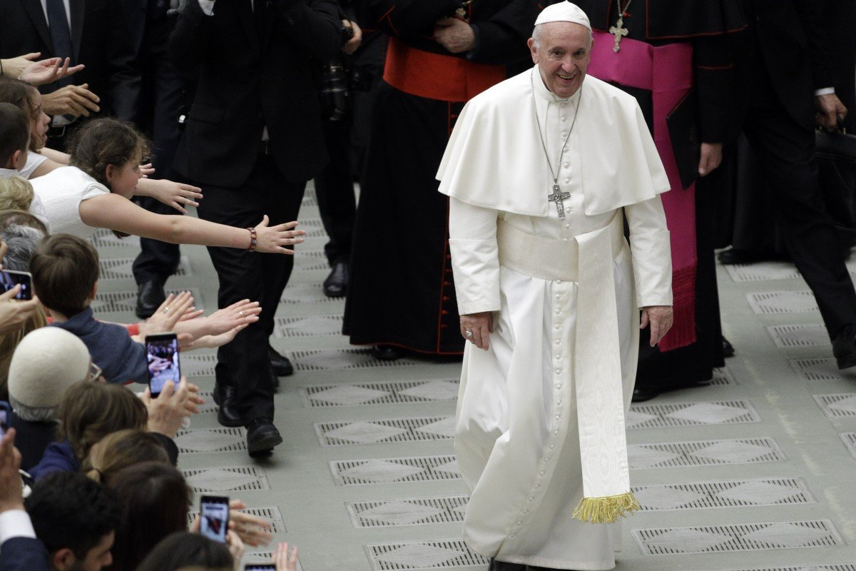 Pope tells gay priests and nuns to be celibate or leave the Church